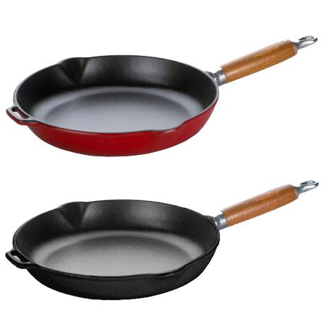Μαντεμένιο τηγάνι με ξύλινη λαβή Chasseur | Cookart